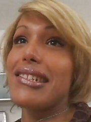Adriana Blonde